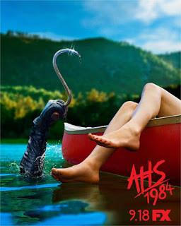 american_horror_story_poster-agua-gancho