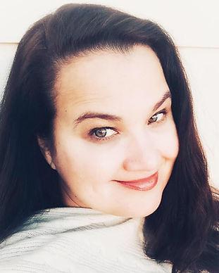 Kirsten Alexander headshot.jpg