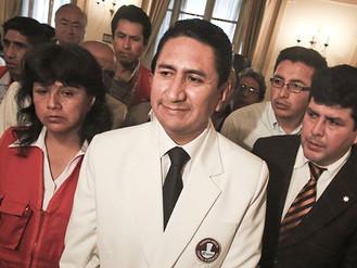 """Partido """"Perú Libertario"""" comprometido con la Defensa de Sedapal"""