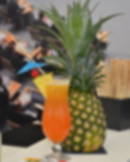 mobile Cocktailbar / ShowCocktailbar / mobile Bar / Cocktailcatering / Cocktailservice / mobile Cocktailbar Berlin / Cocktails at Home