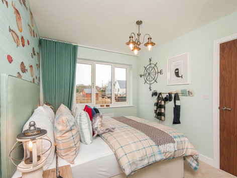 10 Bedroom.jpg
