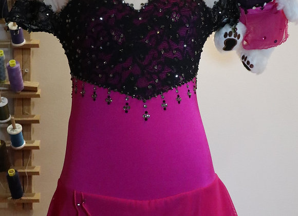 Black and Deep Pink / Size L