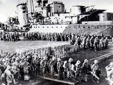 Carpathian Brigade disembarking in the Suez  Of the 1500 Polish soldiers coming to Australia, 900 came from the ranks of the Tobruk and Casino