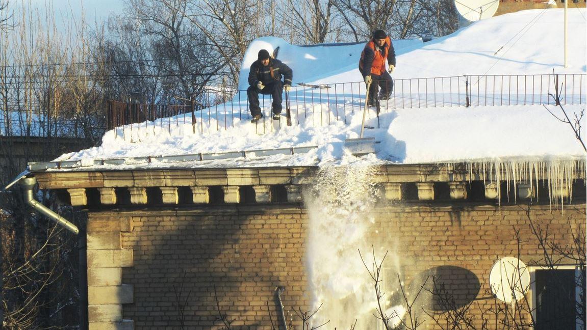 Микаэл Абаджянц Чистка снега
