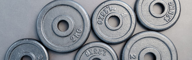 equipment-gym-hard-669577.jpg