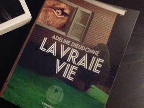 Un premier roman singulier pour Adeline Dieudonné