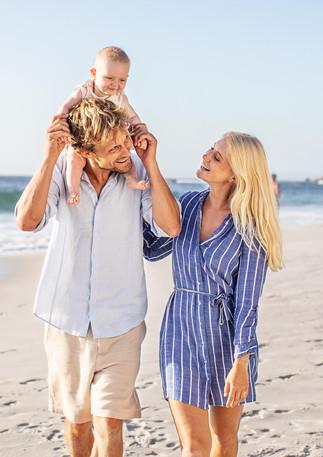Familie am Strand Andreas Müllner Ann Kathrin Burmann