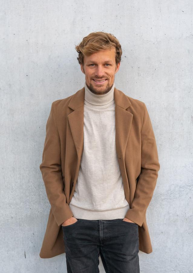 Andreas Müllner Model Pola 5