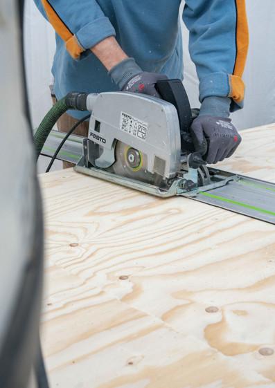 Kreissäge Holzarbeiten Tiny Haus