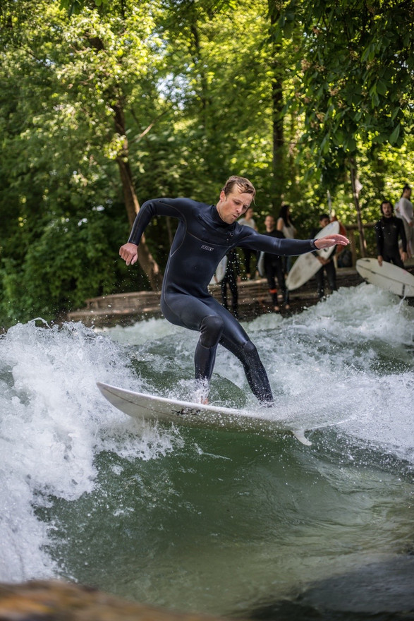 Riversurfing Eisbach Andreas Müllner