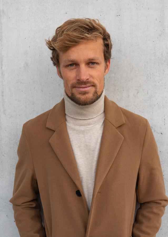 Andreas Müllner Model Pola 1