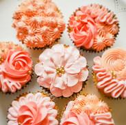 Cupcakes-peach-121726.jpg