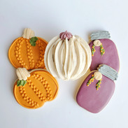Fall-pumpkin-cookie-120713.jpg