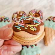 Macarons-donuts-165710-168.jpg