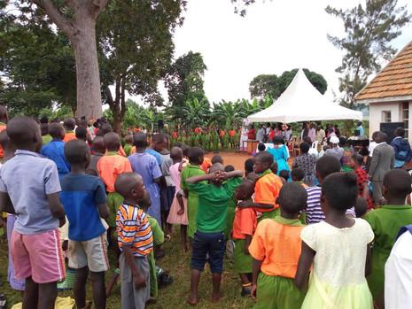 Trinkwasser für ein Dorf in Uganda