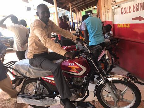 Motorräder für Tabitha Mitarbeiter