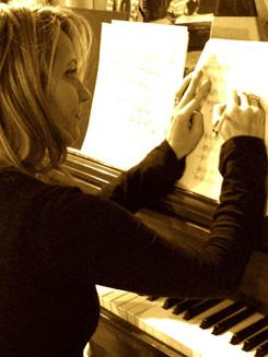SHARON WRITING, PIANO