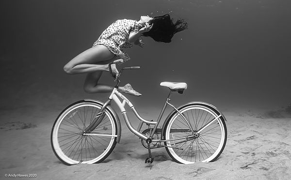Andy Hawes Photography_Kayla_Bike.jpg