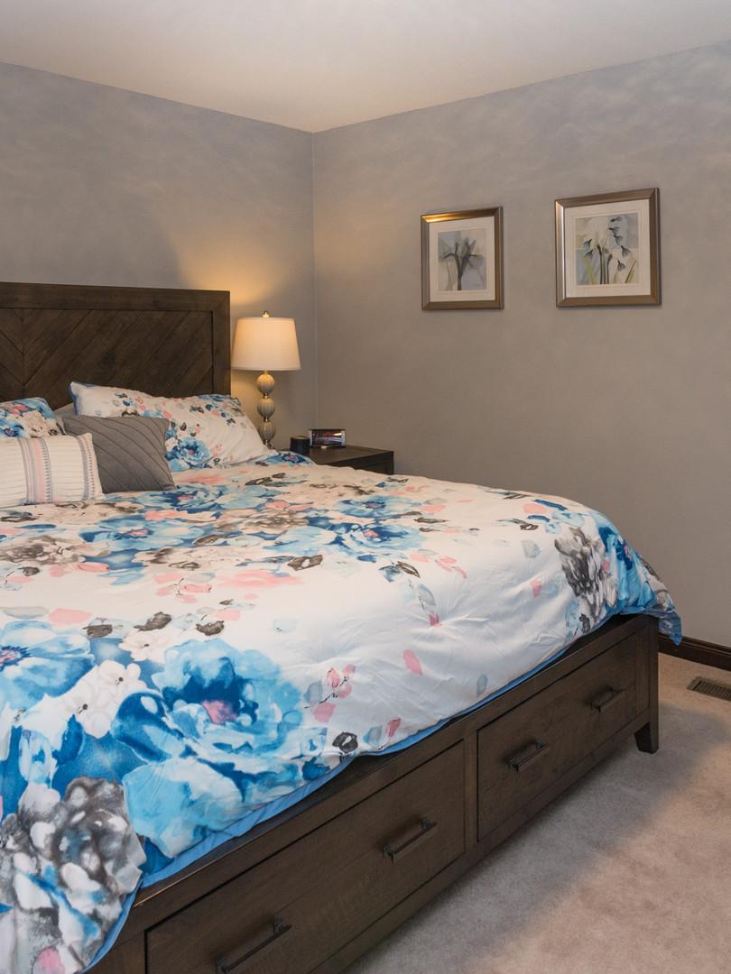 13 - 2319 Columbia Owners Bedroom.jpg