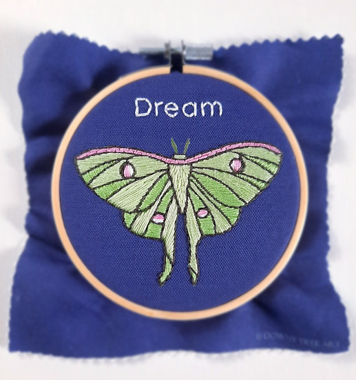 Dream Embroidery Kit