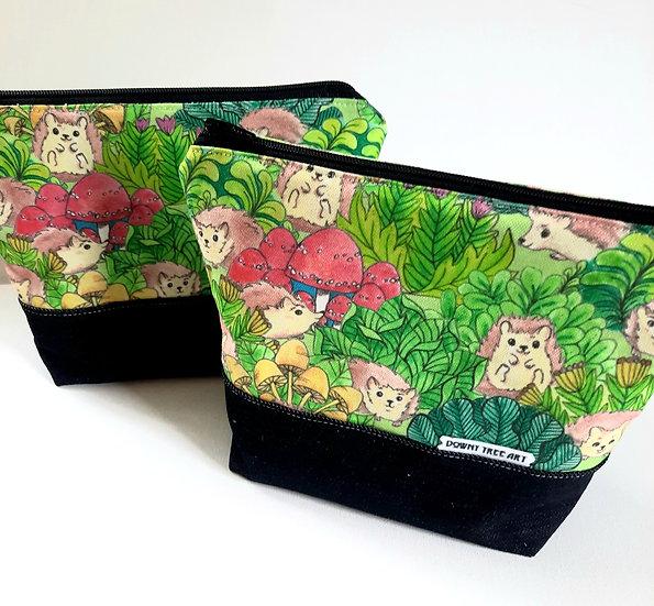 Hedgehog Garden Boxy Zipper Bag