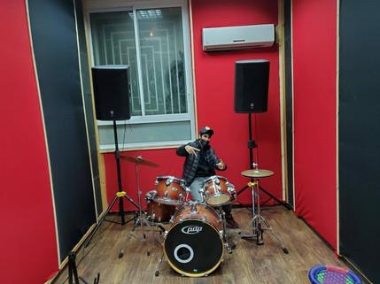 חדר מוזיקה.jpg