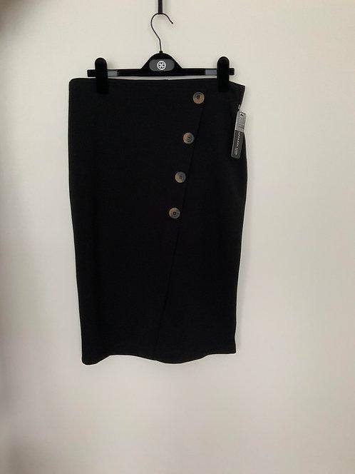 SOHO slanted buttons black skirt size Medium