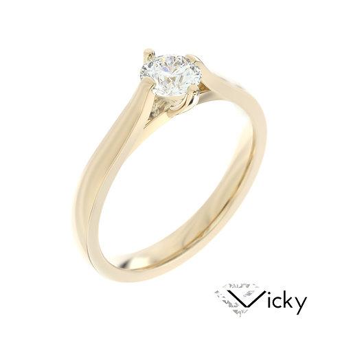 """""""Vicky"""" pierścionek z diamentem z żółtego złota"""