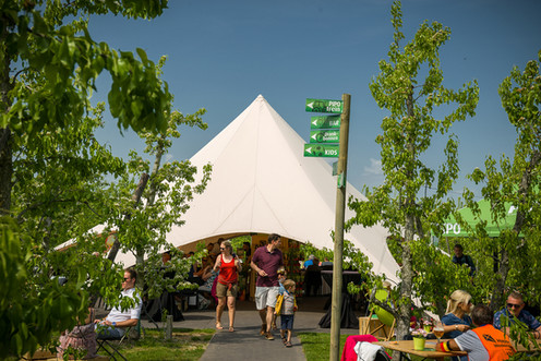PIPO BLOESEMLOUNGE TENT