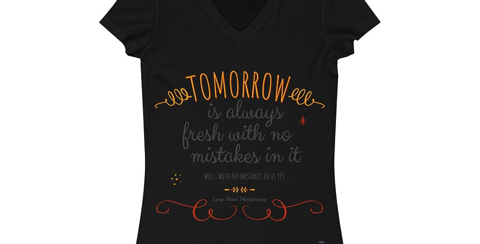 V-Neck Tee - Oh my Montgomery - Carrousel Collection