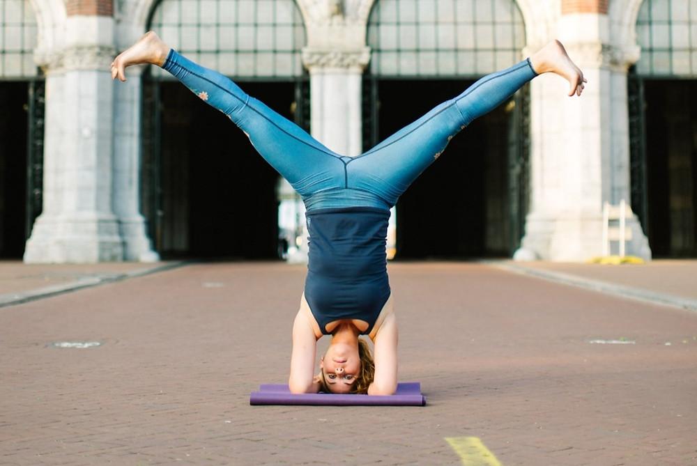 private yoga lesson amsterdam