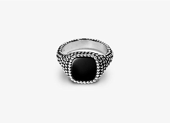 Anello borchiato con onice - Studded Onyx Ring by Mama Schwaz Milano