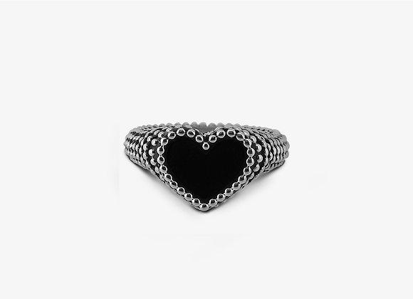 Anello borchiato con cuore in pasta di onice - Studded Onyx Heart Ring - Mama Schwaz Milano
