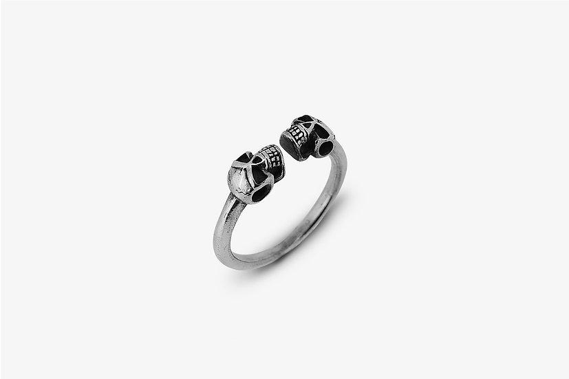 Anello piercing teschi - Skulls ring - Mama Schwaz Milano