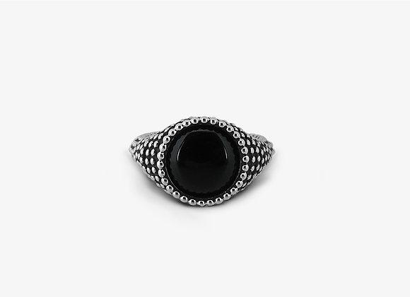 Anello borchiato tondo con onice cabochon - Studded Onyx Ring - Mama Schwaz Gioielli in Argento Milano