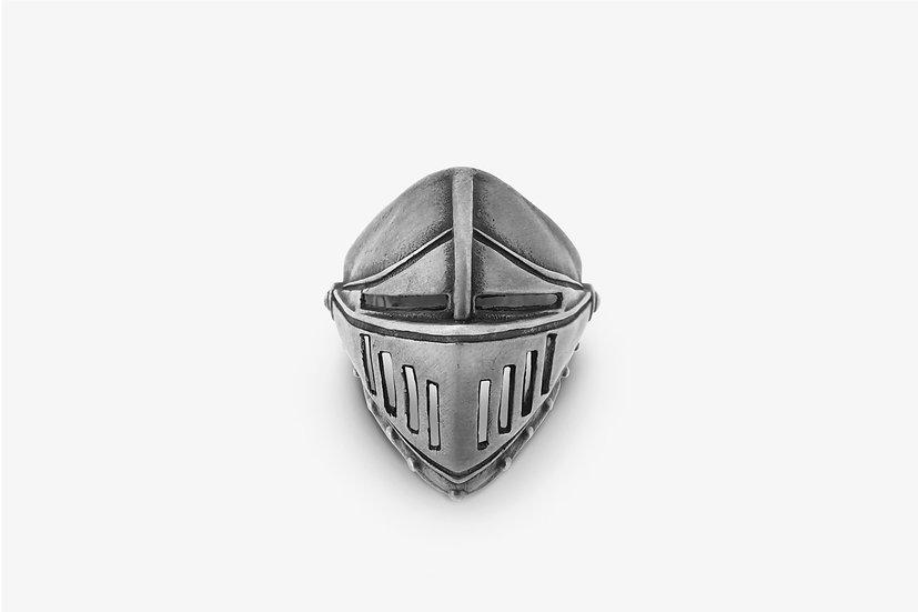 anello-con-elmo-medievale