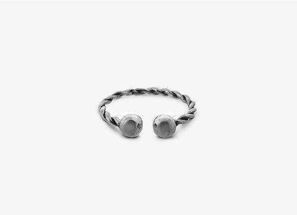 Anello piercing intrecciato piccolo - Small piercing ring - Mama Schwaz Milano Gioielli