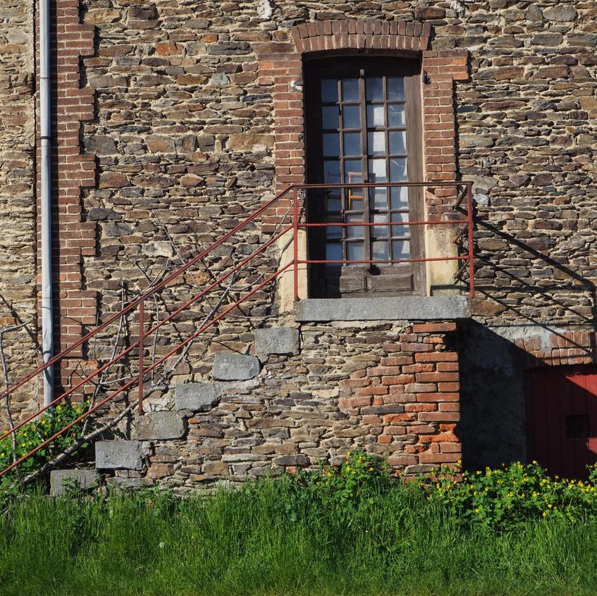 chavanol_un_vieux_bâtiment_industrielweb