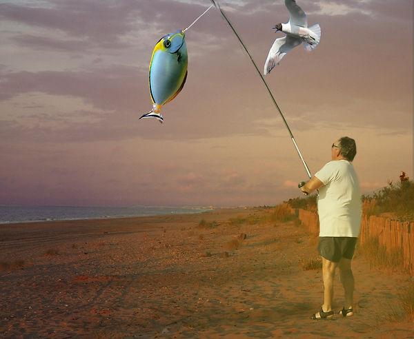 pécheur sur la plage de Sète