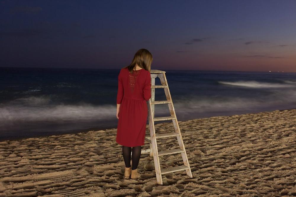 seule, la nuit, sur une plage du bout du monde photo amélie vialeie vi