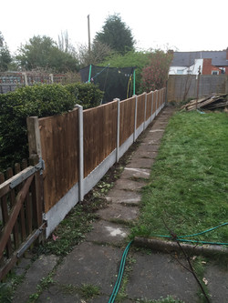 Fence fit at M&W Garden Services