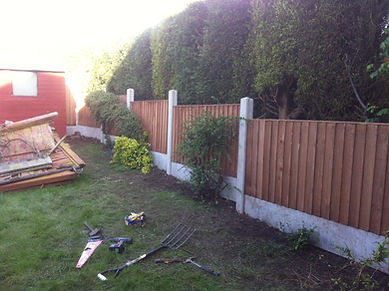 3' fence constructed up in back garden between the next door neighbours