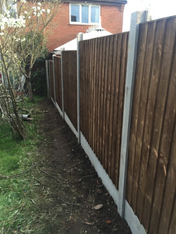 Garden fence 5 bays long fitted
