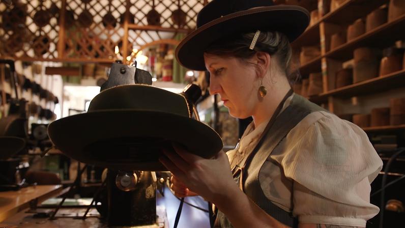 Fine Art Museums of San Francisco: Paul's Hat Works
