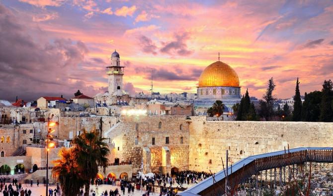 Путешествие в Израиль: пляжный отдых, экскурсии или оздоровление?