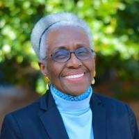 Turma 2020 do pré-vestibular homenageia a professora Ida Mukenge