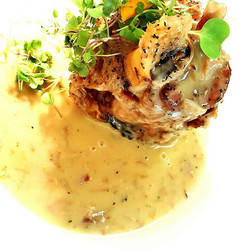 Duroc braised pork shank, dripping & bacon gravy.. our special tonight at the pigs by _syminsayz