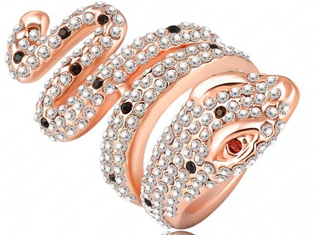 snake ring.png