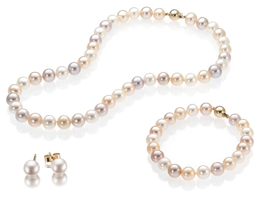 Cher bijoutier, j'ai hérité du collier de perles de ma grand-mère. Comment puis-je le faire évaluer