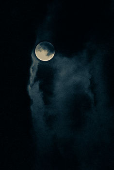 Full Moon Fine Art Jana Call me J